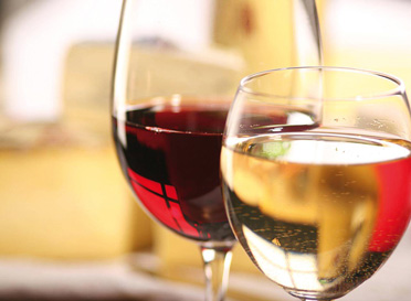 red-and-white-wine