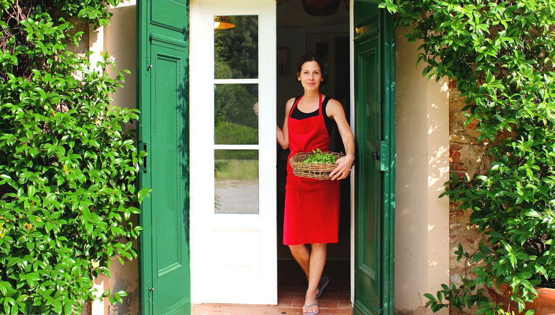 deborah dal fovo cooking in Tuscany